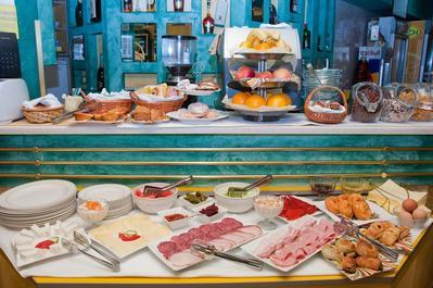 Hotel Kerber ontbijt Podgorica
