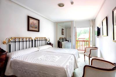 Hotel Los Infantes kamer Santilla
