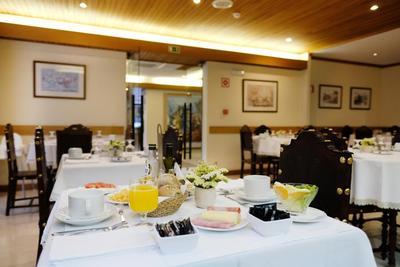 Hotel Dona Sofia ontbijt Braga