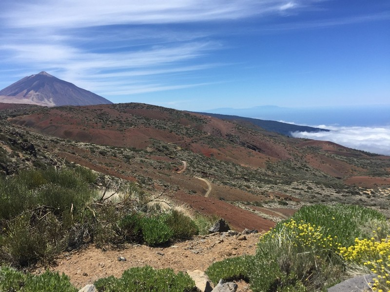 Uitzicht vanaf El Teide over wolkenzee