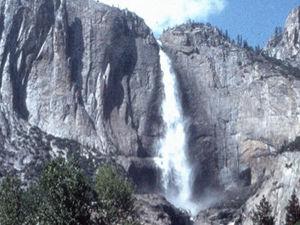 Yosemite - Bridalveil falls