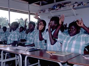 Boven Suriname - schoolkinderen