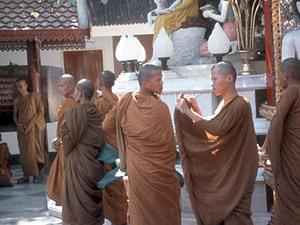 Intro Thailand - jonge monniken