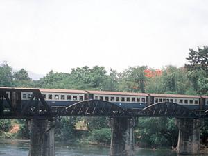 Kanchanaburi - treintocht
