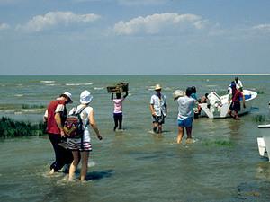 Lake Turkana - inschepen naar Central Island